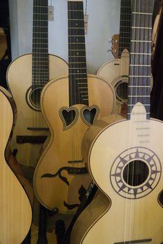 Boa tarde! Instrumentos tradicionais portugueses, encontra no Salão Musical de Lisboa www.salaomusical.com