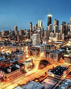 The Windy City has my ❤ Chicago City, Chicago Skyline, Chicago Illinois, Milwaukee City, Visit Chicago, Chicago Usa, Chicago Bears, Oh The Places You'll Go, Places To Travel