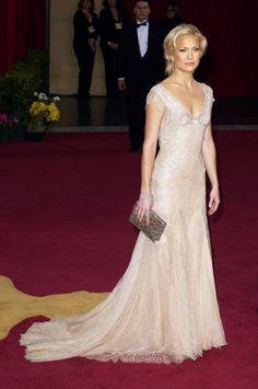 Kate Hudson en un Versace en los Oscar 2003