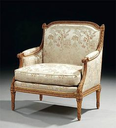 Very fine, Louis XVI style marquise.  In solid, carved giltwood. Circa 1850.