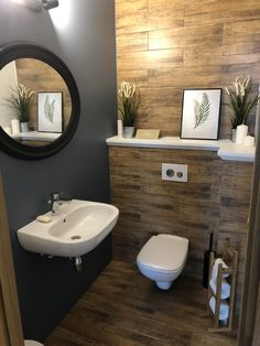 Splendid Small Toilet Design Ideas For Small Space In Your Home 44 Small Toilet Room, Diy Bathroom Decor, Small Toilet Design, Wc Design, Elegant Bathroom, Small Bathroom, Small Bathroom Design Plans, Toilet Design, Bathroom Wall Shelves