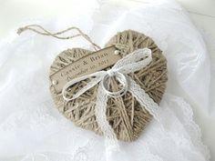 Hochzeit Ring Kissen/Inhaber Wiederverwendung als von AlisaMayde, $18.00