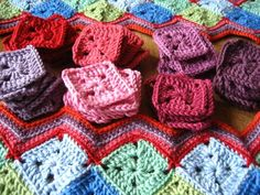 Small squares on the diagonal with chevron edging - wonderful!