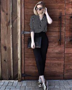 "64 Likes, 4 Comments - Juliete Cadete (@inspiracaofashion_) on Instagram: ""Um look básico pode ser cheio de estilo !!! #personalstylist #stylistlove #inspiracaofashion…"""