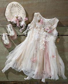 19214 Christening, Flower Girl Dresses, Kid Dresses, Kids Fashion, Princess, Wedding Dresses, Inspiration, Clothes, Beautiful