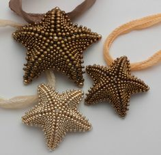 Love these beaded starfish! Seed Bead Jewelry, Seed Beads, Beaded Jewelry, Jewellery, Beading Tutorials, Beading Patterns, Bead Crafts, Jewelry Crafts, Tutorials