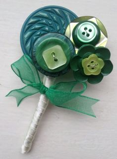 FOR JULIE!!! Oh my, spot on! ...Buttonhole Boutonniere Vintage Buttons Corsage Mint Lime Emerald Green £10.00