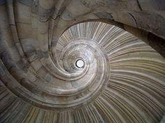 spiral-staircase-photos