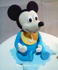 The Pepa´s Kitchen: Tarta Fondant Mickey Mouse Baby