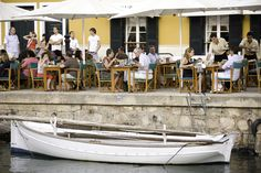 Tomando el #aperitivo en #Menorca