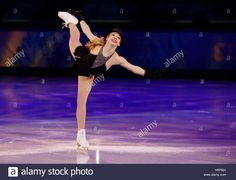 Gracie Gold of the U.S. performs during the Figure Skating Gala Exhibition at the Sochi 2014 Winter Olympics, February 22, 2014.    REUTERS