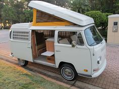 Wonderful Image of Camper Vw Bus. If you are a newcomer to collecting classic VW buses allow me to know how I can enable you to find the proper bus for you. Electric taxis and public t. Vw Camper For Sale, Vw T2 Camper, T3 Vw, Volkswagen Westfalia, Volkswagen Golf, Wolkswagen Van, Kombi Interior, Volkswagen Bus Interior, Kombi Food Truck