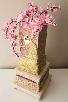 Pink Peacock Wedding Cake, Pink and Gold Wedding Cake Crazy Cakes, Fancy Cakes, Peacock Cake, Peacock Wedding Cake, Pink Peacock, Unique Cakes, Elegant Cakes, Gorgeous Cakes, Pretty Cakes