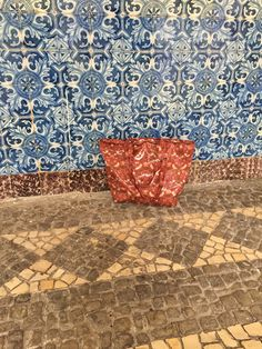 Our William Morris zip top bag in Vilamoura William Morris, Algarve, Portugal, Household, Textiles, Tapestry, Traditional, Zip, Prints