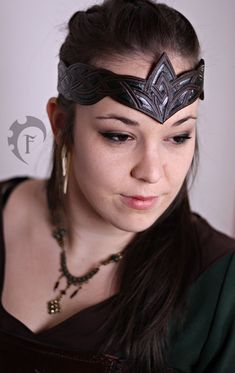 This headdress is perfect for adding something to your costume dolphin. Headdress, Headpiece, Leather Crown, Female Armor, Elf Costume, Masquerade Costumes, Leather Headbands, Elvish, Circlet
