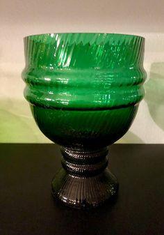Nanny Still 'Sulttaani' (Sultan) 1330 Green Glass Art Vase - Finnish Vintage Glass Design from Riihimäen lasi, Finland