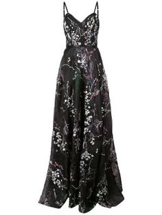 Check out Marchesa Notte with over 1 items in stock. Shop Marchesa Notte floral embroidered gown today with fast Australia delivery and free returns. Vestidos Vintage, Vintage Dresses, Event Dresses, Pageant Dresses, Formal Dresses, Black Formal Gown, Club Dresses, Vestido Sherri Hill, Marchesa Notte Dress