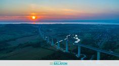 15 fantasztikus naplementés drónfotó a Völgyhídról Celestial, Mountains, Sunset, Nature, Travel, Outdoor, Outdoors, Naturaleza, Viajes