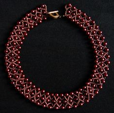 Red pearl netted necklace (Sonata necklace)
