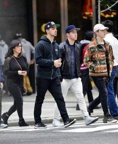 Mama D, Joe, Nick, and Frankie - Dec. 2015
