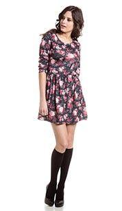 Clockhouse Jurk zwart/grijs  jurk, lichte highlow- zoom en allover rozenprint- Met smalle kanten kraag bij de nek en de zoom- In geweven kwaliteit - 100% Viscose #zomercollectie #zomerkledingdames #zomerkleding