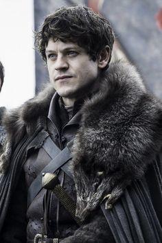 Ramsay Bolton - Iwan Rheon - Game of thrones Game Of Thrones Facts, Game Of Thrones Quotes, Game Of Thrones Funny, Game Of Thrones Wallpaper, Iwan Rheon, Game Of Thrones Instagram, Game Of Thones, Imagine John Lennon, Fan Poster