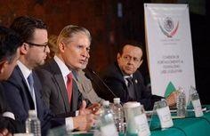 FINANZAS Gobierno no aumentará la deuda pública en 2017, afirma Del Mazo - See more at: http://www.oem.com.mx/laprensa/notas/n4145699.htm#sthash.YQSNtiR5.dpuf