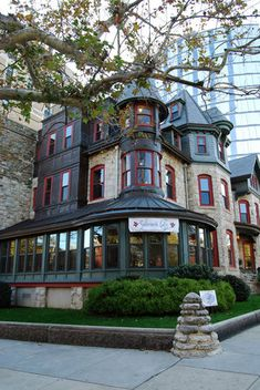Sabrina's Cafe at Powelton http://www.examiner.com/restaurant-195-in-philadelphia/stuart-leventhal?page=7