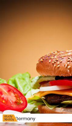 """🍔 Вряд ли знаменитый американский фаст-фуд ассоциируется у Вас с Германией. Но на самом деле своему названию гамбургер обязан крупному немецкому городу Гамбургу.   Дело в том, что жители Гамбурга мигрировали в Америку. Слово """"гамбургер"""" использовалось для обозночения кого-то или чего-то из Гамбурга.   #германия #гамбург #факты #интересныефакты #переезд #переездвгерманию #европа #переездвевропу #поступлениеввуз #учеба #образование #образованиевевропе #образованиезарубежом Cute Quotes, Great Quotes, American Burgers, Health Heal, Remember Who You Are, Attitude Of Gratitude, Abraham Hicks, Note To Self, Soul Food"""