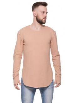 Closed sweater camel
