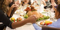 40 Hilarious Thanksgiving Jokes That Everyone at the Dinner Table Will Enjoy