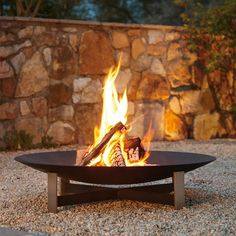 Fire Pit Art, Fire Pit Bowl, Garden Fire Pit, Fire Pit Backyard, Outdoor Fire, Outdoor Living, Outdoor Decor, Back Gardens, Outdoor Gardens