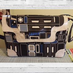 More Star Wars fabric!  This is the #LiliumLaptopBag made by Katie.  It looks awesome in this fabric!  Pattern available in my shop at sewsweetness.com. #sewsweetnesspattern