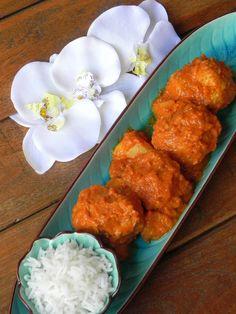 Albondigones de pollo y pavo al curry de coco y manzana | CocotteMinute