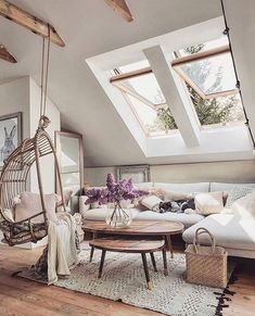 33 Fascinating Cozy Living Room Decor Ideas You Will Love - The living room is that special place where friends of the homeowners stay to chat and mingle. So it's just logical that the living room is one part o. Living Room Decor Cozy, Living Room Chairs, Bedroom Decor, Living Room Ideas, Decorating Bedrooms, Living Spaces, My New Room, Room Set, Cozy House