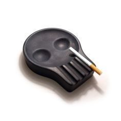 ASH TRAY SKULLY by Christian Sjöström / TechNews24h.com
