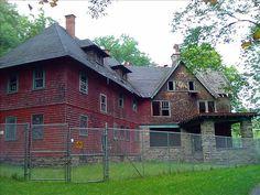 Abandoned House at a Campsite near Livingston Manor, NY