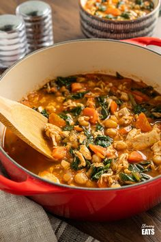 Chicken Chickpea Spinach Soup (from www.slimmingeats.com) -a healthy hearty and delicious soup that is both high in protein and fibre and a perfect meal for any day of the week.#soup #glutenfree #chickpeas #garbanzo #chicken #spinach #slimmingworld #weightwatchers Baby Puree Recipes, Pureed Food Recipes, Lunch Recipes, Vegetable Recipes, Baby Food Recipes, Healthy Recipes, Dinner Recipes, Vegetable Stock, Healthy Meals