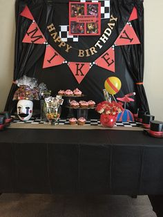 Five nights at Freddy's birthday party