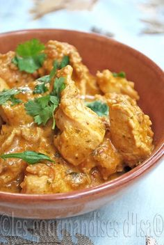 chicken curry with cashew nuts - chicken curry with cashew nuts - Italian Soup Recipes, Indian Food Recipes, Asian Recipes, Ethnic Recipes, Fun Easy Recipes, Healthy Dinner Recipes, Easy Meals, Cooking Recipes, India Food