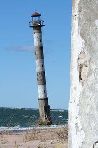 Kiipsaare tuletorn SaaremaaEesti58.495833, 21.841111   by Margus Rebane, via 500px