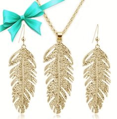 So unique! They are only $25 at DealTicker!!! I am so going to bankrupt buying all this jewelry...