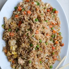 Better-than-takeout chicken fried rice Easy Fried Rice Cheap Easy Meals, Cheap Dinners, Frugal Meals, Budget Meals, Quick Meals, Budget Recipes, Inexpensive Healthy Meals, Dirt Cheap Meals, Simple Meals