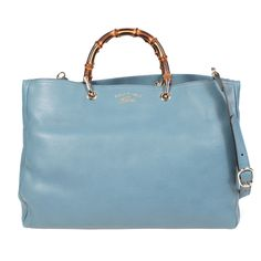 Beautiful handbag Gucci house. Timeless and timeless, this bag will accompany…