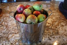 Grab those apples during harvest season and get canning. Step by step instruction on How to Can Apples, a Tutorial. You'll love how simple this really is. Homemade Apple Pie Filling, Apple Recipes Easy, Canned Apples, Harvest Season, Apple Slices, Canning Recipes, Food Storage, Preserves, Sugar Free