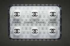 Chanel pill, addicted to fashion