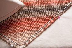 Chal tejido a punto bobo o punto santa clara Crochet Blocks, Crochet Patterns, Knitting, Santa Clara, Crafts, Handmade, Home Decor, Shawls, Outfits