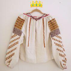 Ie si zgardan de Bucovina Dresses With Sleeves, Blouse, Long Sleeve, Inspiration, Ideas, Fashion, Dress, Biblical Inspiration, Moda