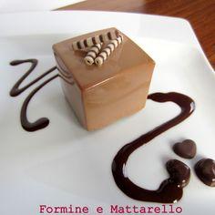Mousse di cioccolato al latte con cremoso alla vaniglia e brownies | Formine e…