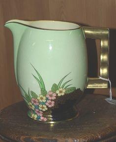Collectable Carltonware jug. Carlton Ware, Antique Perfume Bottles, Rustic Lighting, Pressed Glass, Ceramic Decor, Art Deco Design, Vintage China, Teapots, Green Leaves